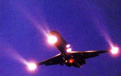 Avion en approche aéroport