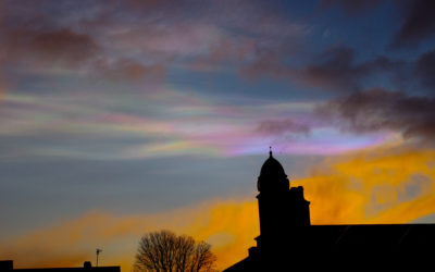 iridescent_cloud_at_sunset