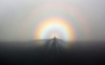 solar_glory_and_spectre_of_the_brocken_from_ggb_on_07-05-2011