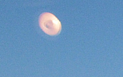 light-ufo-closeup