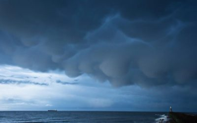 mammatus-clouds-over-tynemouth-england-via-colin-cooper