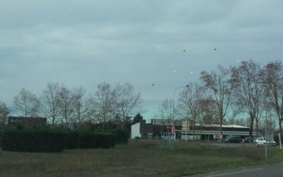 Ballons publicitaires -Montauban ( Janv 2017 )
