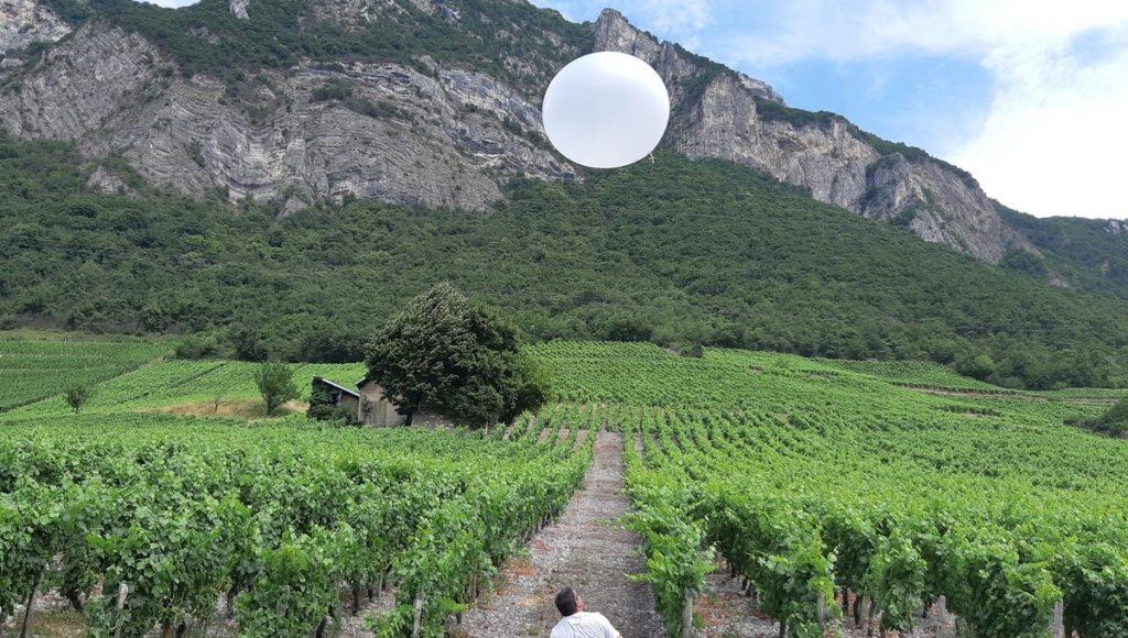 https://www.francebleu.fr/infos/climat-environnement/un-nouveau-dispositif-anti-grele-est-experimente-en-savoie-1531753257